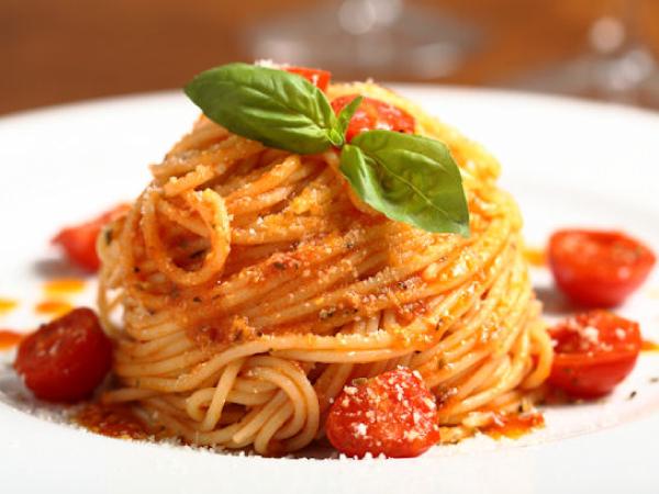 ristorante santafelicita Firenze - chi-siamo-pasta-al-pomodoro-e-basilico-ristorante-santa-felicita